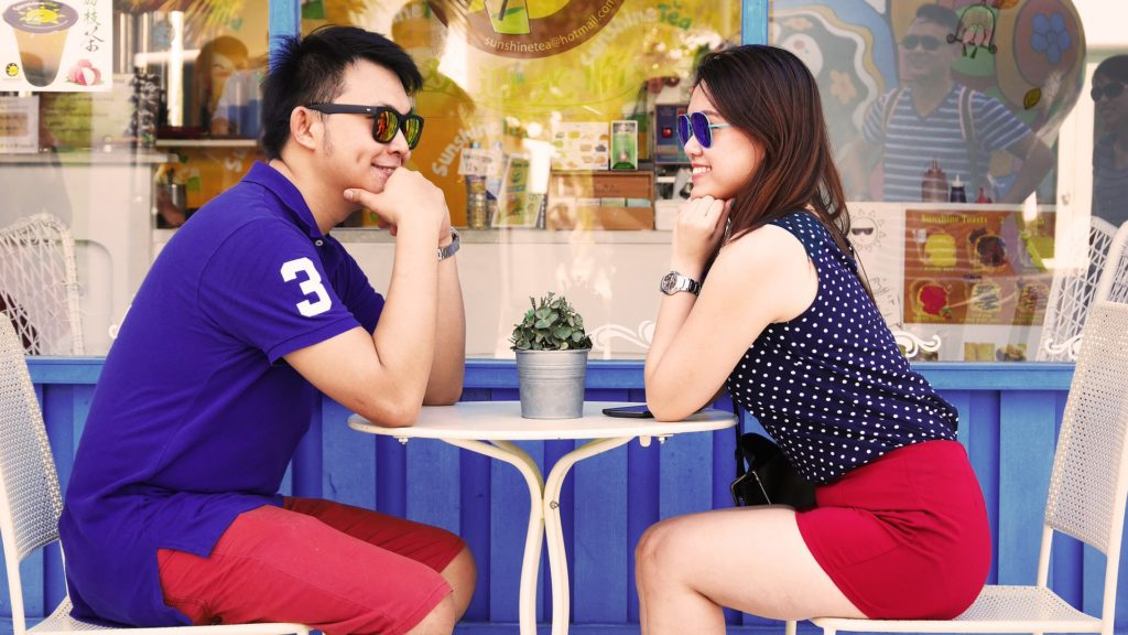 The First Date Ideas & Rules – How to Act on a first date